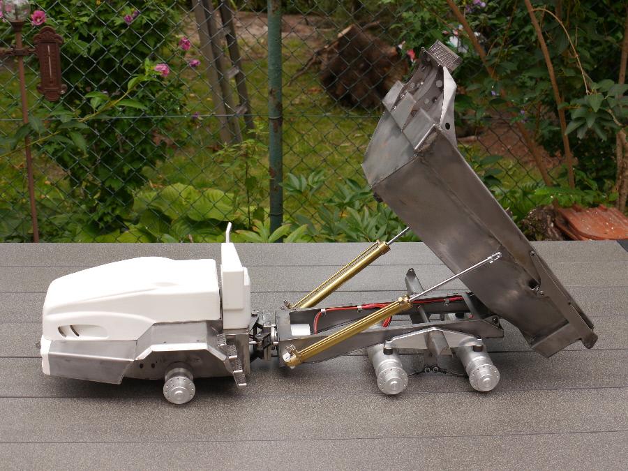 vario rc bell 50d custom built dump truck