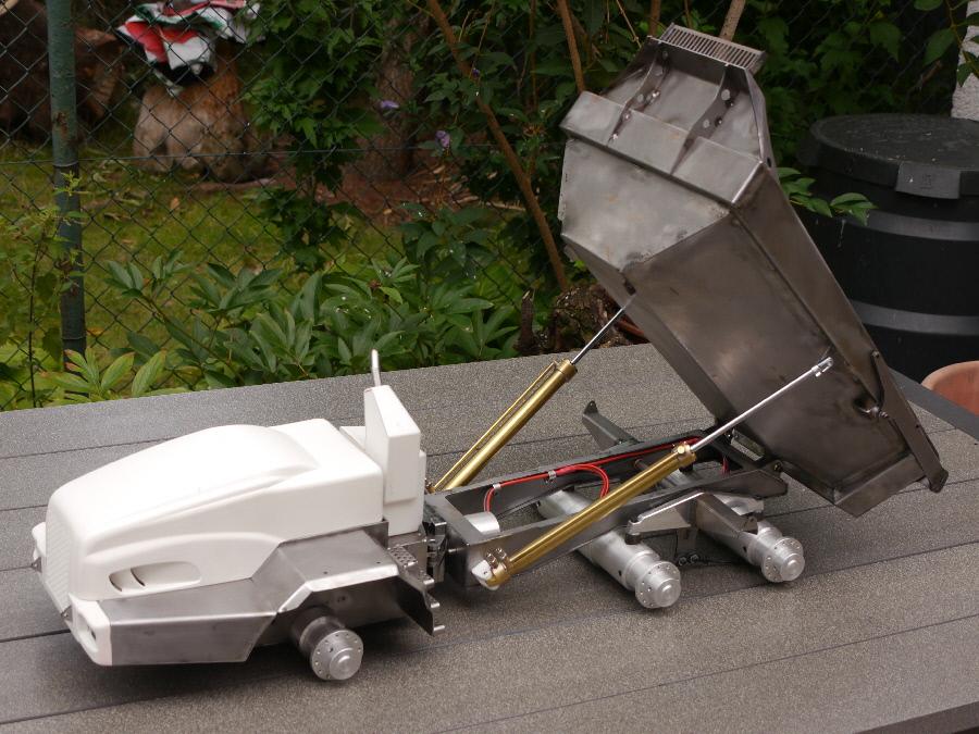 vario rc bell 50d custom built dumper