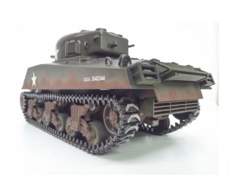 Taigen Tanks Airsoft BB 1-16 Sherman M4A3 75mm Metal Edition FRONT