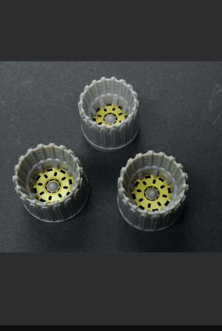 Green Strawberry 1/32 Colonial Viper Mk II Nozzles for MOE Battlestar Galactica (Photo-Etch & Resin) Top View