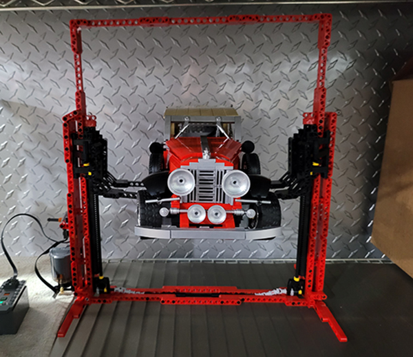Lego-Lift-Raising-Rolls