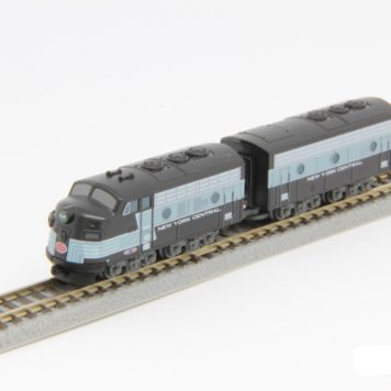 Rokuhan Non-Powered NYC EMD F7 A B 2 Piece Set Z Shorty ST012-2